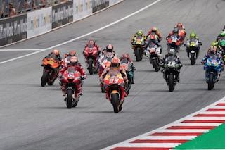 MotoGP, falsa partenza, ufficiale: cambia la penalità
