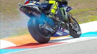 MotoGP Brno, Quartararo beffa Marquez. 9° Rossi che rompe il motore