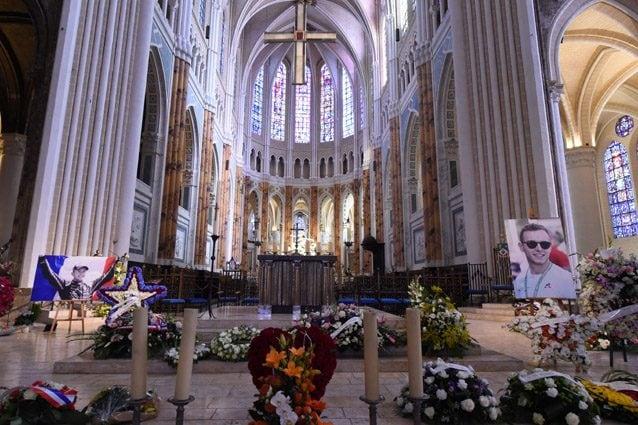 La chiesa di Notre Dame di Chartes dove si sono svolti i funerali di Anthoine Hubert – LaPresse