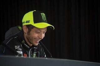 """Valentino Rossi: """"In moto a Tavullia a 170 km/h, ma niente multa"""""""