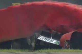F3: Paura a Spa, Laaksonen trasportato al centro medico dopo il volo contro le barriere