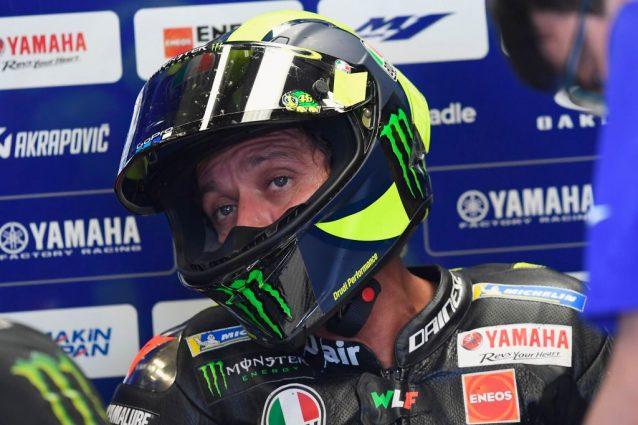 Valentino Rossi al box / Getty
