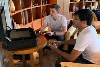 Il tifone Hagibis ferma la F1, Verstappen e Sainz si sfidano alla Playstation