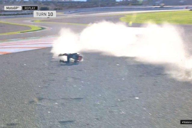 La caduta di Fabio Quartararo nei test di Valencia