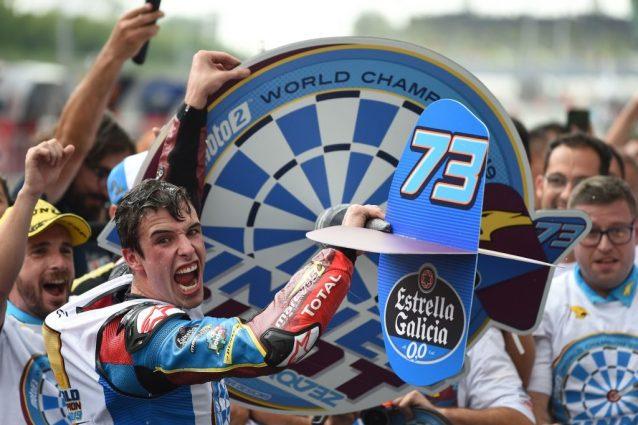 Alex Marquez festeggia il titolo iridato Moto2 / Getty