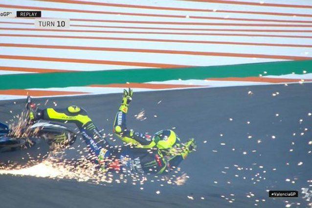 Valentino Rossi a terra alla 10 / MotoGP