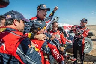 Carlos Sainz torna re della Dakar all'età di 57 anni