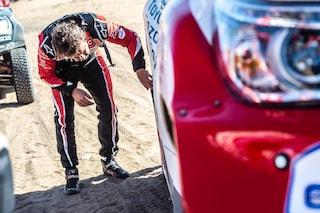 Fernando Alonso, la Dakar si mette male: fermo per ore nel deserto
