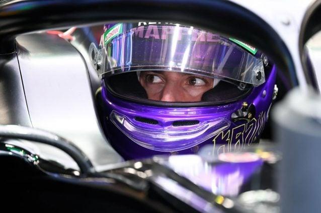 Daniel Ricciardo, 30 anni, con il casco dedicato a Kobe Bryant / Getty