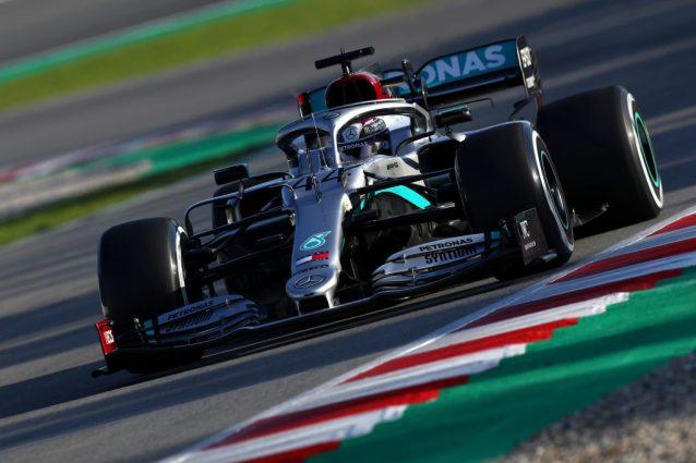 Lewis Hamilton in azione al Montmelò / Getty