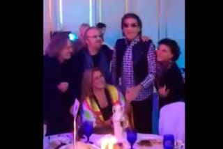 Cutugno, Tozzi, Pupo, Romina e i Ricchi e Poveri cantano Felicità con Al Bano (VIDEO)