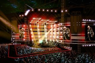 Vasco Rossi porta 60 mila persone nell'astronave per la prima del Live Kom 015