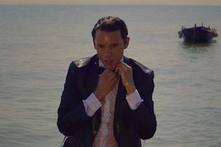 'Staring at the Sun' di Mika: l'amore distante protagonista del singolo estivo