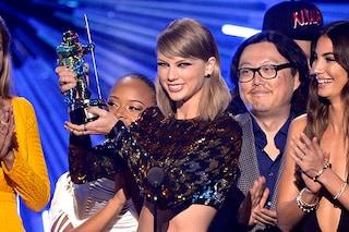 Tutti i vincitori degli Mtv VMA 2015: la regina è Taylor Swift