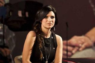 """Bibbiano, Laura Pausini: """"Non mi strumentalizzate, sto così anche per i bambini sui barconi"""""""