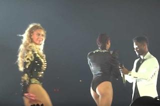 Sorpresa al concerto di Beyoncé: richiesta di matrimonio per la ballerina