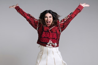 """Laura Pausini principessa di Disnelyland: a Parigi la presentazione di """"Laura Xmas"""""""