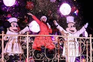"Laura Pausini presenta Laura Xmas a Disneyland: ""Dedicato alle persone sole"""
