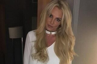 """Britney Spears, la disperata telefonata alla polizia: """"Sono una vittima"""""""