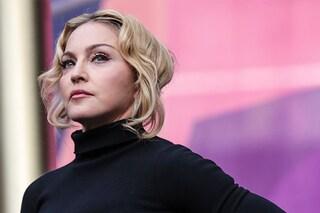 """Madonna al Women in Music: """"Sono stata violentata e aggredita perché icona gay"""""""