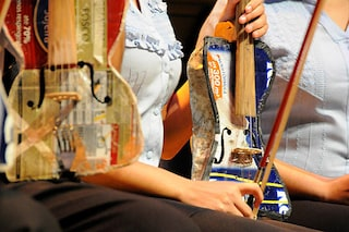 Sanremo 2017, chi è e cosa fa l'Orquesta de Instrumentos Reciclados de Cateura