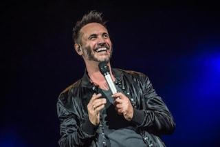 Nek fa il pieno all'Arena di Verona, in dodici mila per festeggiare i 25 anni di carriera