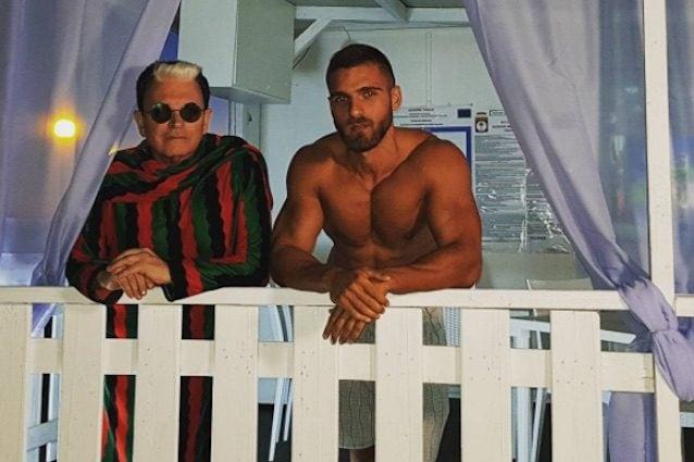 Cristiano Malgioglio e il protagonista del nuovo video (via Instagram)