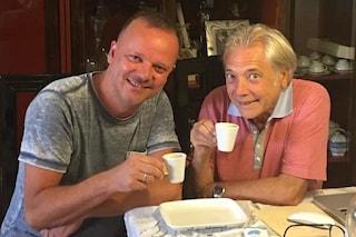 """Un caffè tra Gigi D'Alessio e Nino D'Angelo: """"Siamo due figli di Napoli che si stimano"""""""