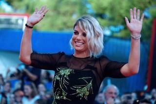 """Emma continua a raccontare il nuovo album sui social: """"Siamo felici delle nuove canzoni"""""""