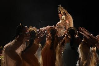 Beyoncé incendia Coachella, riunisce le Destiny's Child e fa ballare Adele