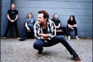 Eddie Vedder senza voce, i Pearl Jam cancellano il concerto di Londra ma confermano Milano
