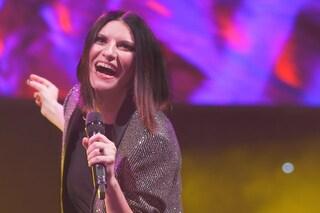 Laura Pausini pronta per gli Usa, aspetta il Colosseo e scherza su Beyoncé