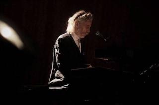 """È morto Conway Savage, tastierista di Nick Cave & The Bad Seeds: """"Non c'è un occhio asciutto"""""""
