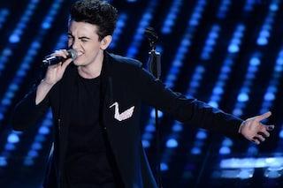 Michele Bravi cancella i concerti a seguito dell'incidente mortale che lo ha coinvolto