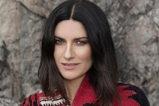 """Laura Pausini svela il testo dell'ultimo singolo """"Io Sì (Seen)"""" nelle storie di Instagram"""