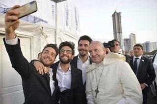 """Prima di Sanremo 2019 Il Volo canta per Papa Francesco alla GMG: """"Difficile crederci"""""""