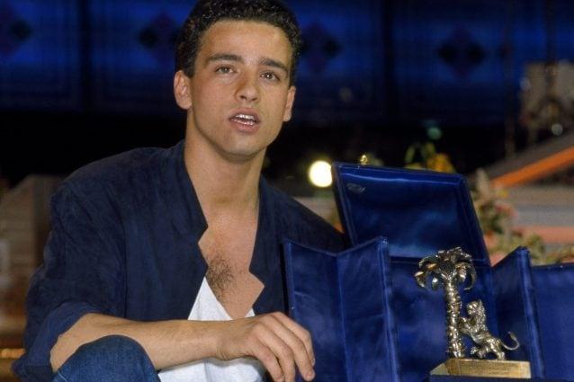 """Eros Ramazzotti in una foto del 1984 quando, con la prima partecipazione sanremese, vinse tra i giovani con """"Terra Promessa""""."""