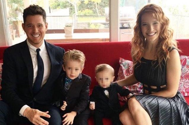 """Michael Bublè su tour e il figlio Noah: """"La mia carriera vale zero, conta solo la mia famiglia"""""""