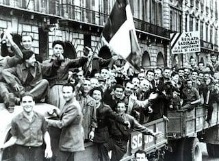 """Il ritorno di """"Bella ciao"""", la canzone della Resistenza simbolo di libertà in tutto il mondo"""