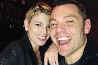 Selfie di Tiziano Ferro con Emma e i fan sognano una collaborazione