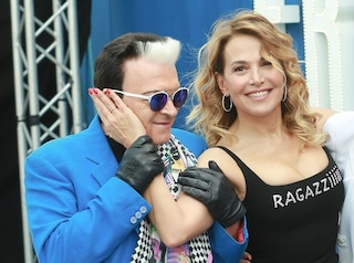 """Barbara D'Urso e Cristiano Malgioglio rifanno """"Dolceamaro"""", che la presentatrice incise nel 1980"""