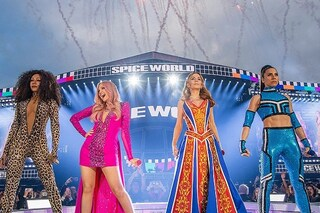 Le Spice Girls infiammano di nuovo il palco, Mel B. si scusa per i problemi di suono