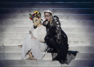 Madonna protagonista all'Eurovision, tra stonature, brani nuovi e un messaggio di pace