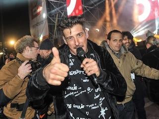 """Francesco Gabbani, dopo il successo di Occidentali's Karma torna con """"È un'altra cosa"""""""