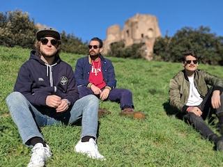 """Thegiornalisti, il nuovo singolo è Maradona y Pelé, Tommaso Paradiso: """"Sto anche scrivendo un film"""""""