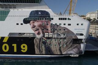Non solo Non Stop Live 019 per Vasco: il suo volto anche sul traghetto speciale per la Sardegna