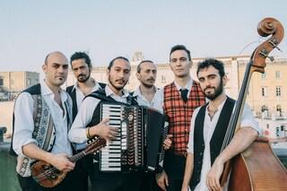 """La musica popolare degli Ars Nova: """"Rileggiamo la tradizione con un orecchio moderno"""""""