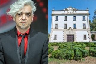 """Vittorio Sgarbi offre una casa a Morgan: """"L'arte va sostenuta in maniera concreta"""""""