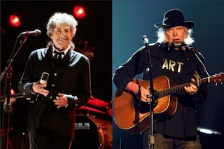 """Bob Dylan e Neil Young insieme sul palco dopo 25 anni per suonare """"Will The Circle Be Unbroken"""""""