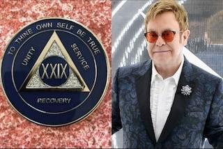 """Elton John festeggia 29 anni senza bere alcol: """"Ero un uomo distrutto"""""""